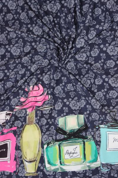 Blauer Baumwoll-Jersey-Bordüre mit Parfümflaschen Motiv von Stenzo