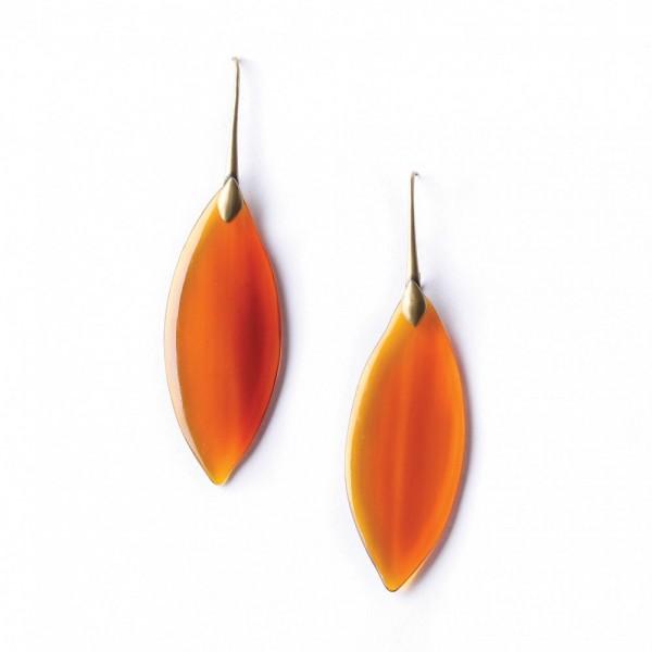 Ohrringe aus Horn in einem transperenten Orange von Nature bijoux
