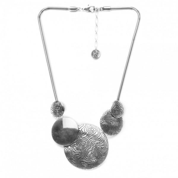 Silberne Colliers mit großen Scheiben von ORI TAO Bijoux