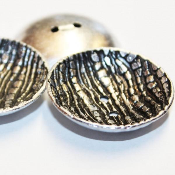 Metallknopf mit Reliefmuster 3,5 mm 2 Loch
