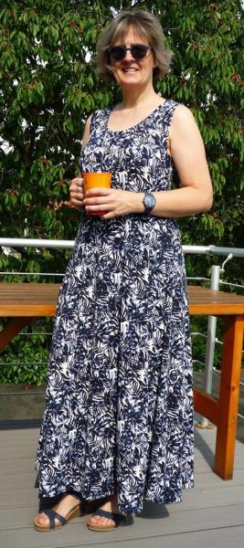 Bahnenkleid Schnitt Jasmin auch als Top Shirt Tunika Maxikleid von 32 - 56 als Papierschnitt